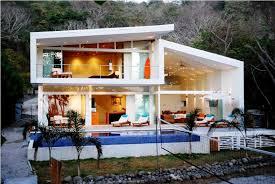 MCM House