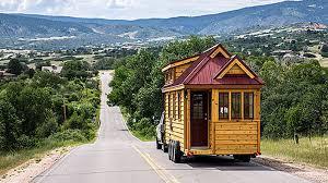 tiny-house-on-road